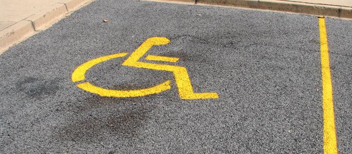 Parcheggi persone con disabilità
